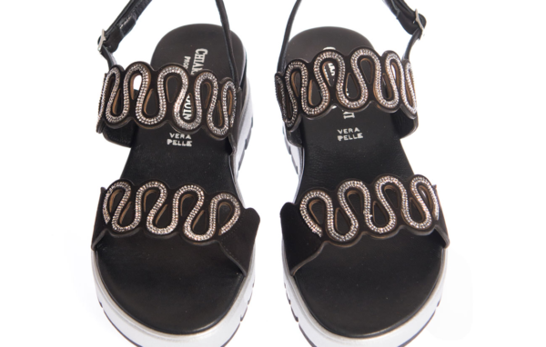 sandalo donna nero prodotto da pasquini calzature italia