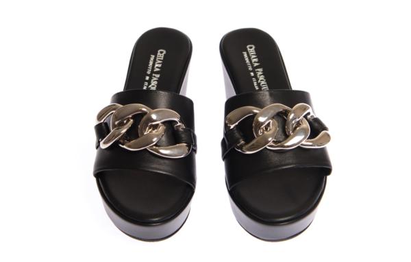 sandalo donna con zeppa alta produzione pasquini calzature